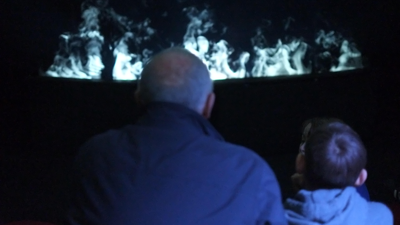 La Nuit - La Brume, projections sur brumes